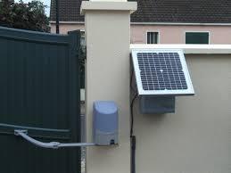 Motorisation solaire pour porte de garage: le confort